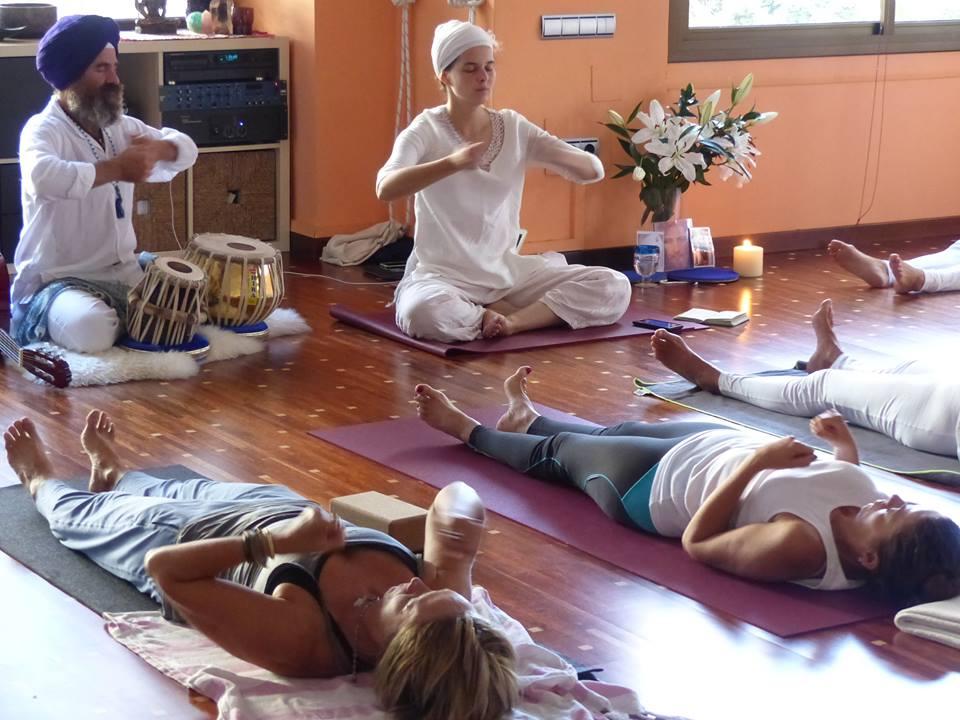 Kundalini Yoga con Natalia Klymova