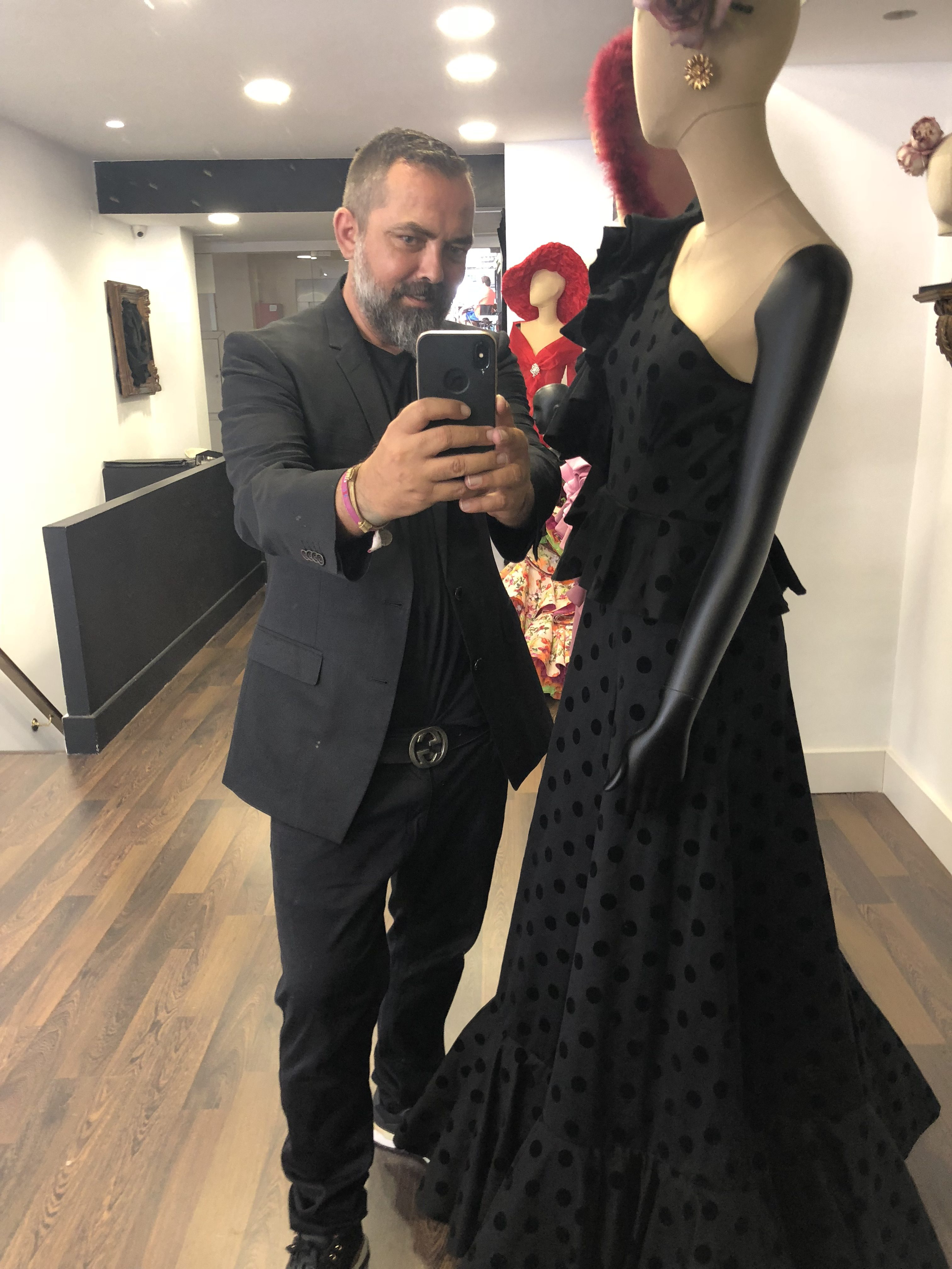 """""""Quiero que mis vestidos de flamenca lleguen a Japón"""""""