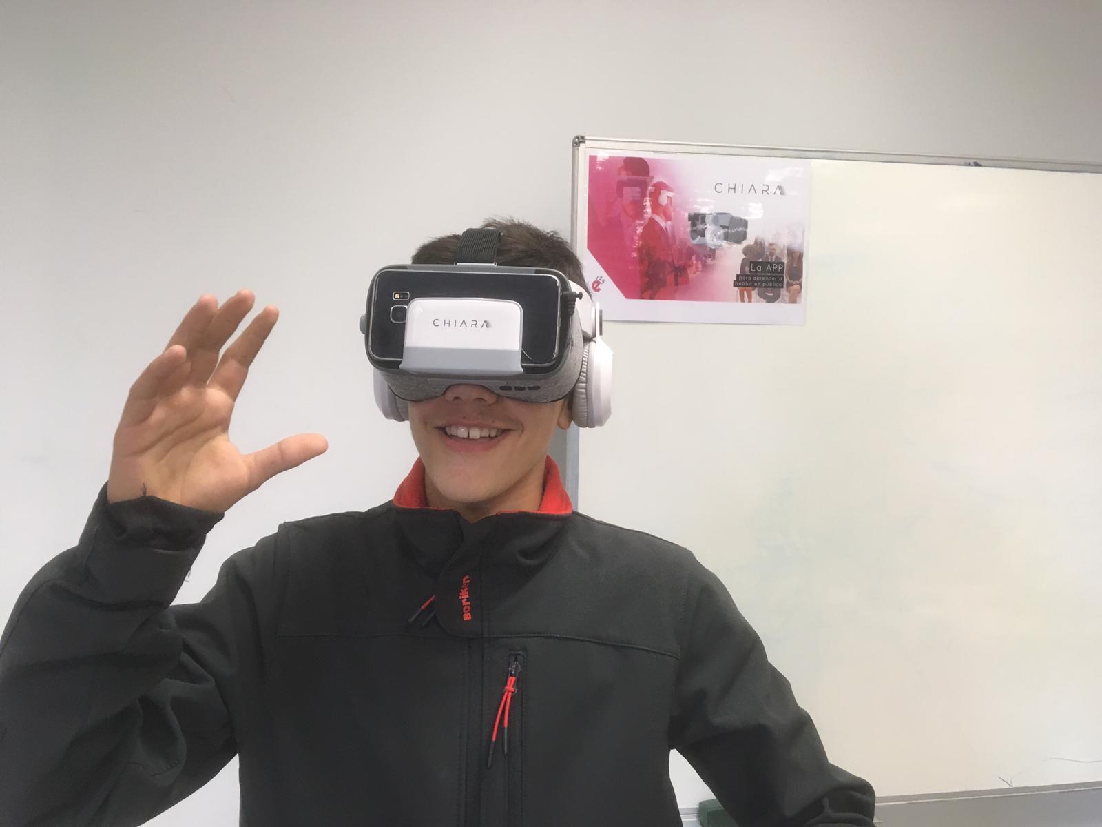 Chiara ofrece la realidad virtual para aprender a hablar en público