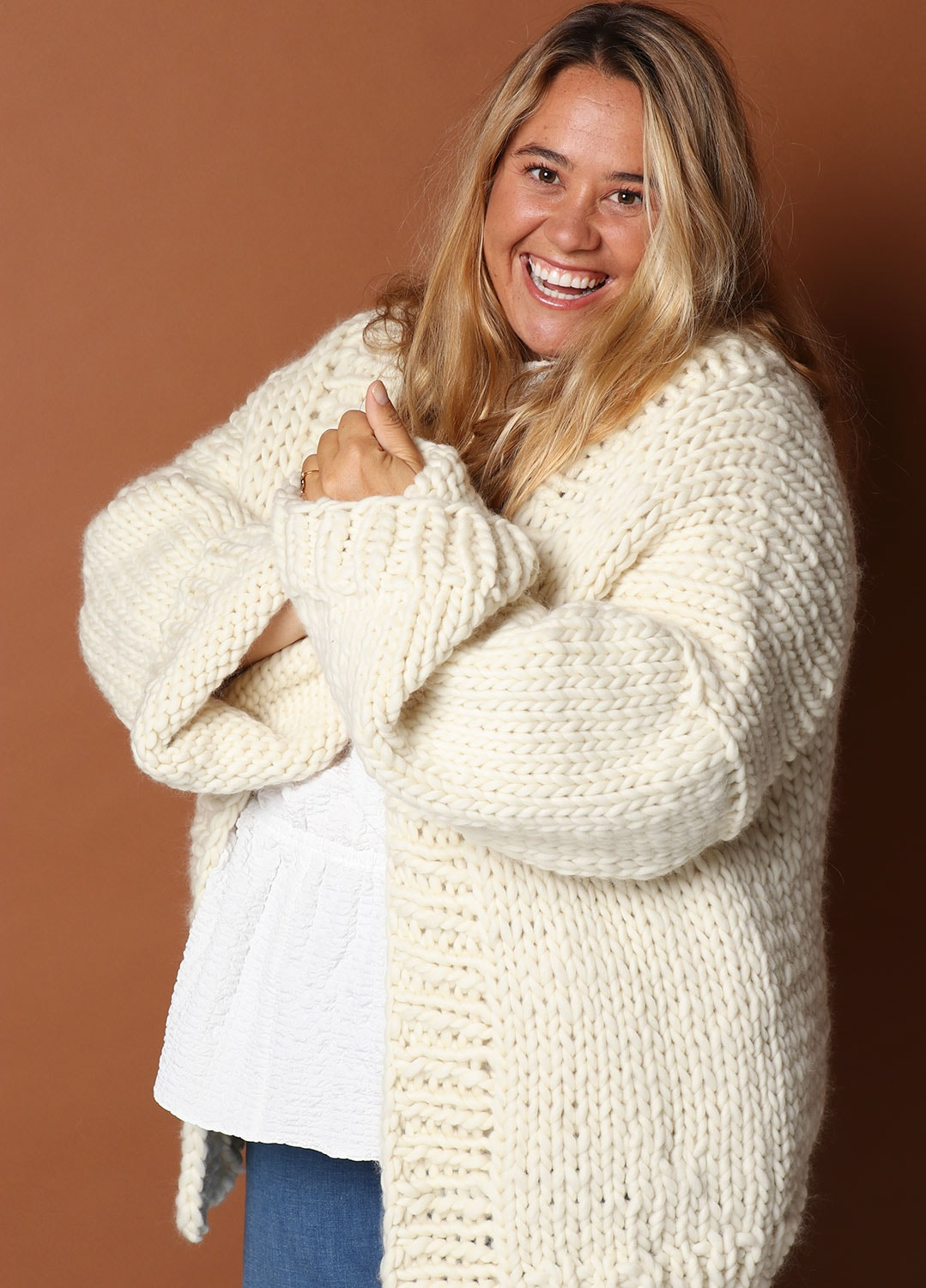 "We Are Knitters lanza una colección ""Plus Size Knits"" con sus 6 bestsellers"