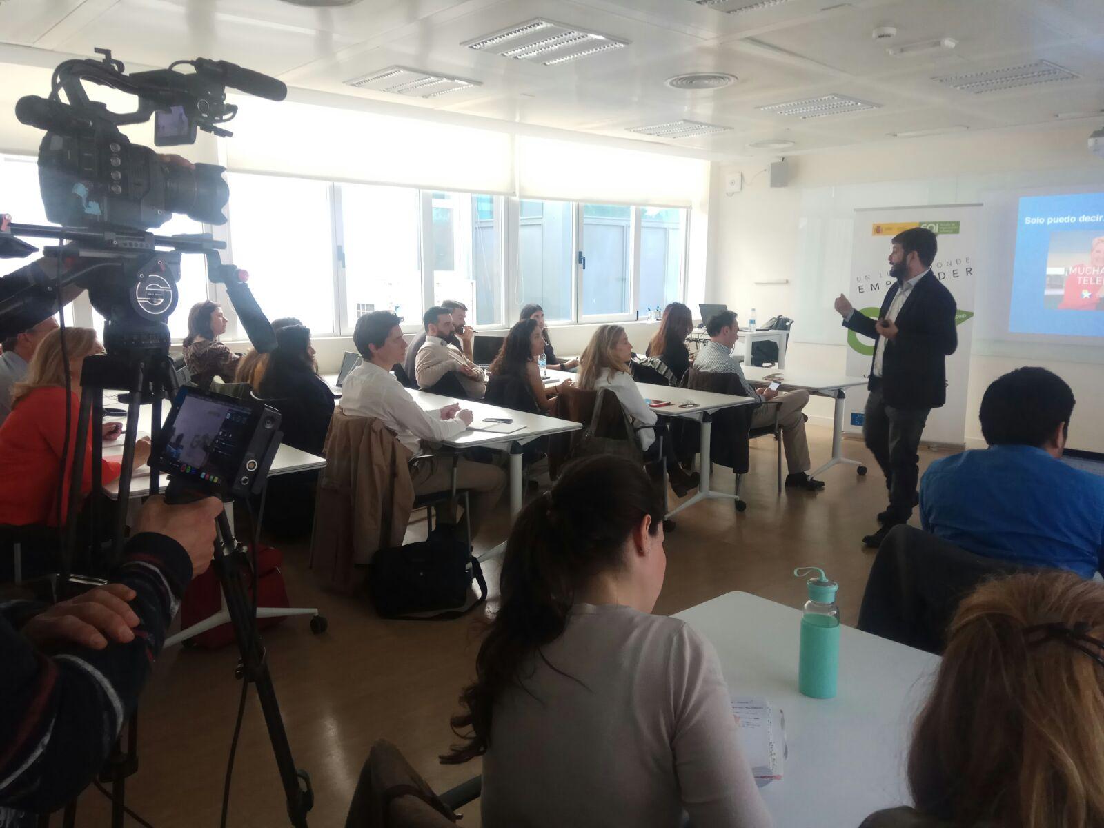 """""""Cómo darse a conocer en medios de comunicación"""", el taller de EOI que ha sido todo un éxito"""