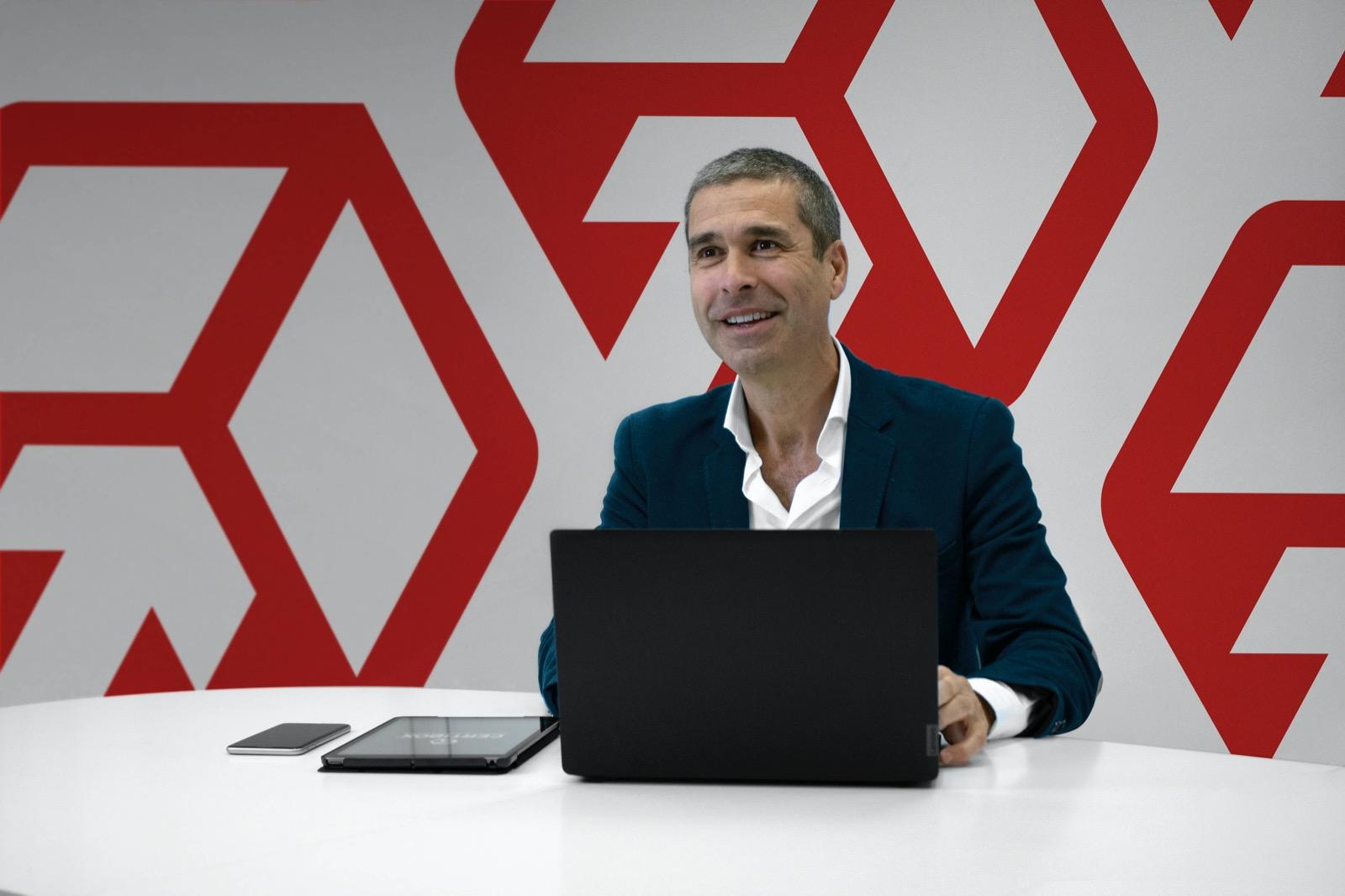 """Daniel Camiroaga: """"Más de 70.000 clientes avalan nuestra solución Certibox"""""""